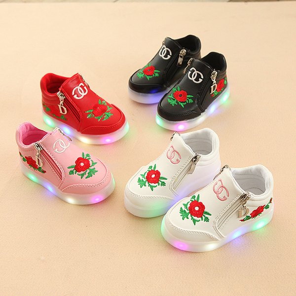 2019 Glowing 1 To 5 Years Old Baby Girls Led Lights Children Sport Shoes Soft Soled Sneakers Stylish Slip Resistant Casual Shoes Kids Tennis Shoes