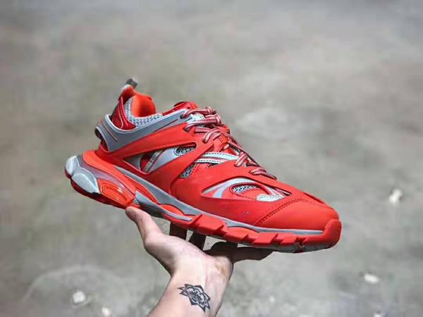 New Fashion Designer sneaker Uomo Donna Trend Retro Joker Mesh con suola morbida Scarpe casual Track Trainers Scarpe da corsa Con scatola Taglia 36-45