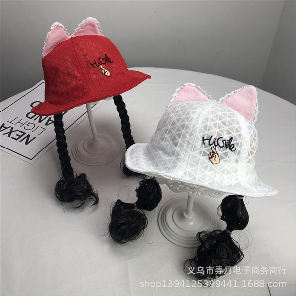 Neuer Perückenhut des kleinen Mädchens hohl mit der Bortenohrkindersommerbequemen weichen zufälligen roten Kappe