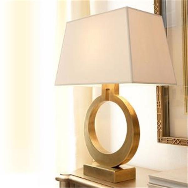 Preto / Retro americano dourado Simple Luxury Ferro lâmpada de cabeceira Quarto criativa Desk Lamp gratuito Shipping110V `260V