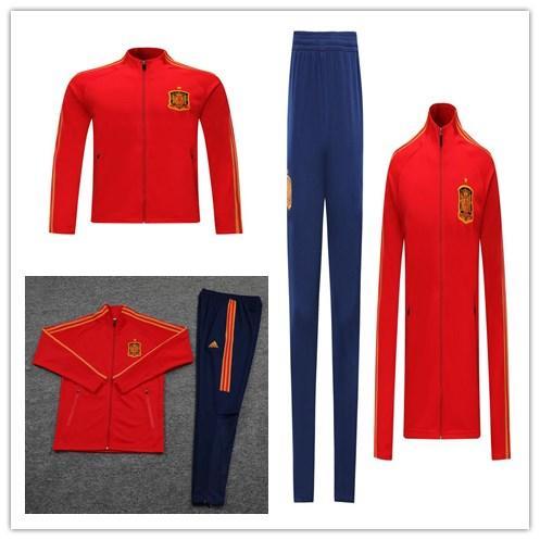 Спортивный футбольный костюм испании