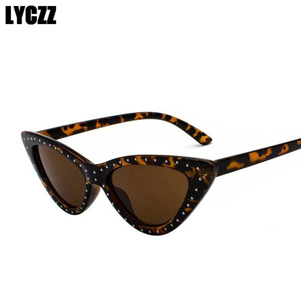LYCZZ New Women Hip-hop Retro Sunglasses Triangle Plastic Frame Cat Eye Sunglasses Butterfly Eyewear Ladies Sexy Sun glasses