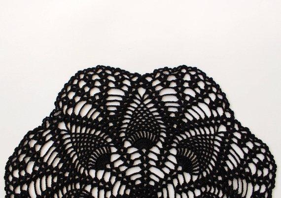 2PCS ronde main de napperon crochet noir, vêtements de table, pièce maîtresse, diamètre est d'environ 11,8