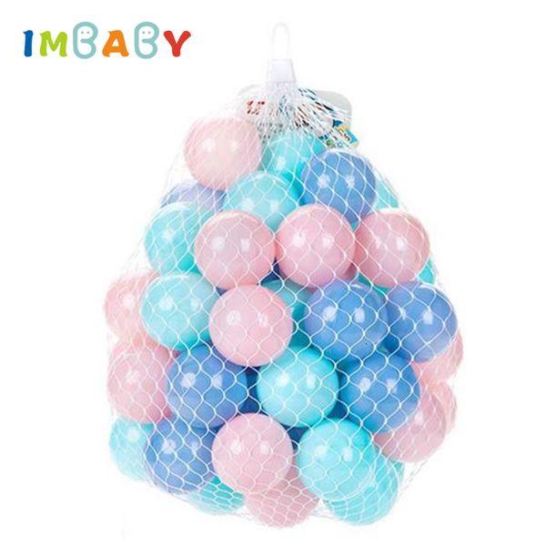 Bolas de piscina 100 / 200pcs 5.5 / 7cm Bolas Bola plástica suave del océano para corralito Bolas de malabares coloridas de estrés suave Aire Juguete sensorial para bebés SH190913