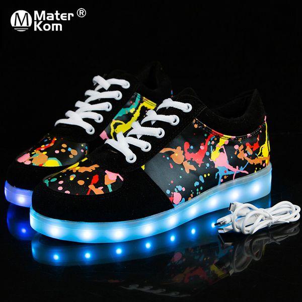 Zapatos brillantes USB Zapatillas de deporte luminosas para niños Chicos Zapatos LED con Light Up Sole Krasovki Tenis Feminino Zapatillas LED Skateboard