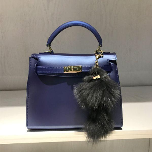 Sale hot European and American fashion matte matte platinum lock jelly package pvc handbag ladies shoulder slung packet trend