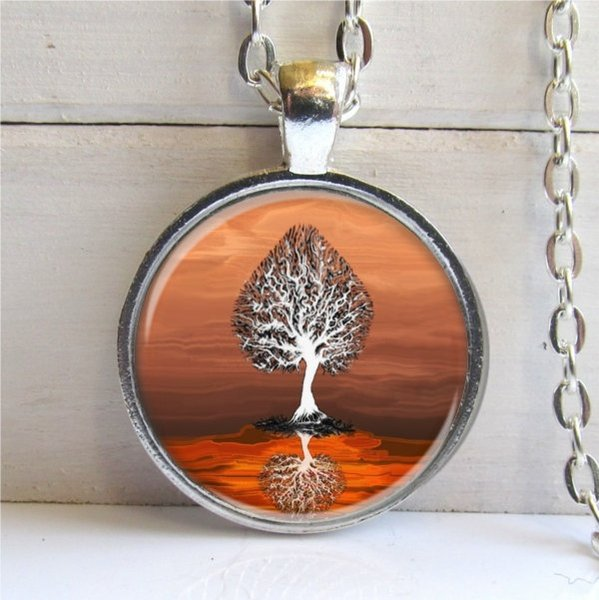 2019 New Glass Pendant Necklace Vintage Style Fashion Burning Amber Tree Pendant - Whimsical Tree Art Pendant - Silver And Glass Neck