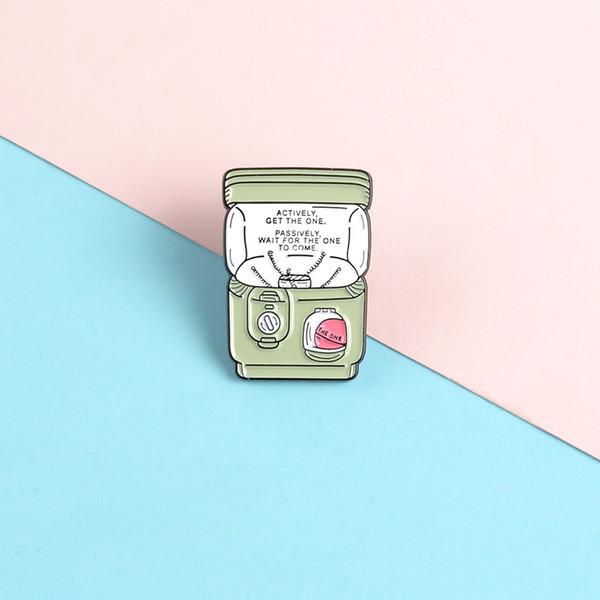 Twisting Egg macchina Pins Classic Cute Cartoon dello smalto Spille Spille Spille Bag Abbigliamento perni del risvolto regali gioielli Per i più piccoli amici