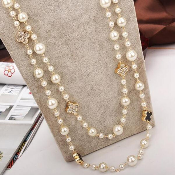 top popular Long Pearl Necklace Multi-layer Rose Four Leaf Clover Sweater Chain 2021