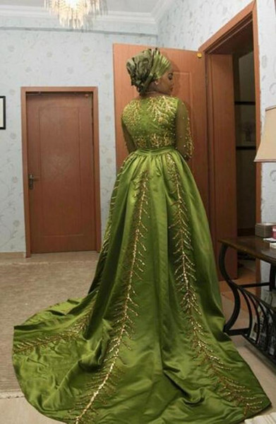 2019 New Style Luxurious Arabic Evening Dresses V-neck Long Sleeves Sequins Crystals Evening Gowns Satin Prom Dresses vestidos de fiesta