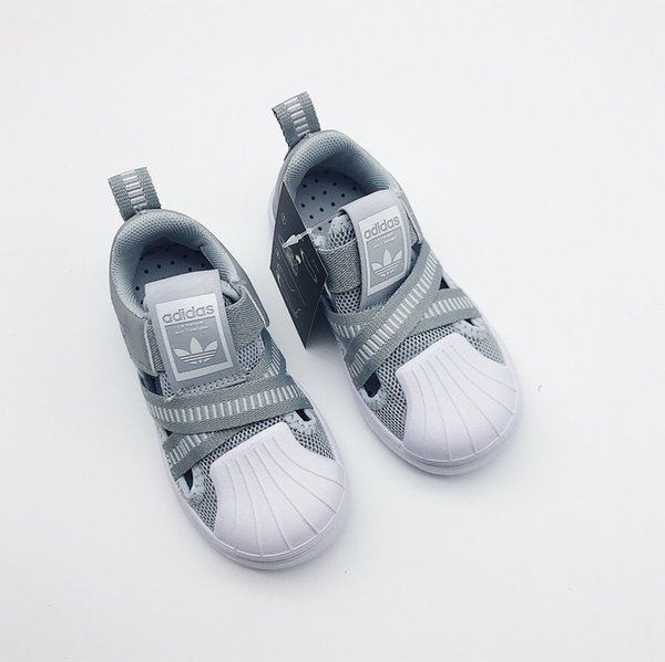 Garçons Designer Chaussures Filles Chaussures De Luxe 2019 Nouveau Casual Sandale Couleurs De La Mode Match Adolescent Garçon Sandales Tendances Motif 6 Styles