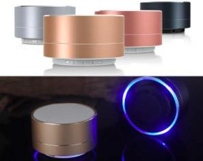 Nuevo LED MINI Altavoz Bluetooth A10 TF USB FM Caja de sonido de música portátil portátil Subwoofer Altavoces para teléfono