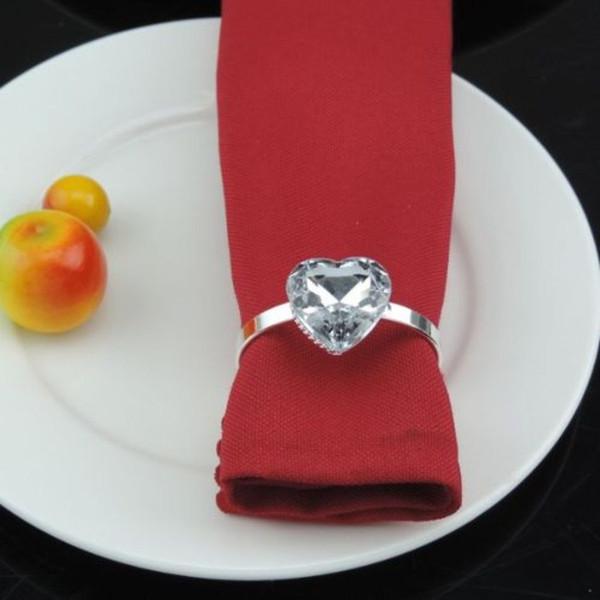 Kalp şeklinde Rhinestone Peçete Halkası 12 Tasarımlar Düğün Lüks Sahte Inci Serviette Yüzük Otel Yemeği Masa Süslemeleri 100 Parça DHL