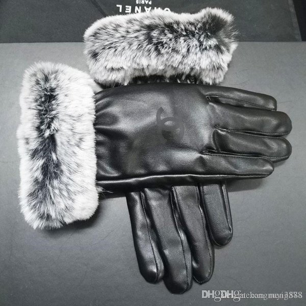 Women Skiing Gloves Outdoor Sports Brand Designers Fur Leather Five Fingers Gloves Solid Color Winter Outdoor Warm Leather Gloves