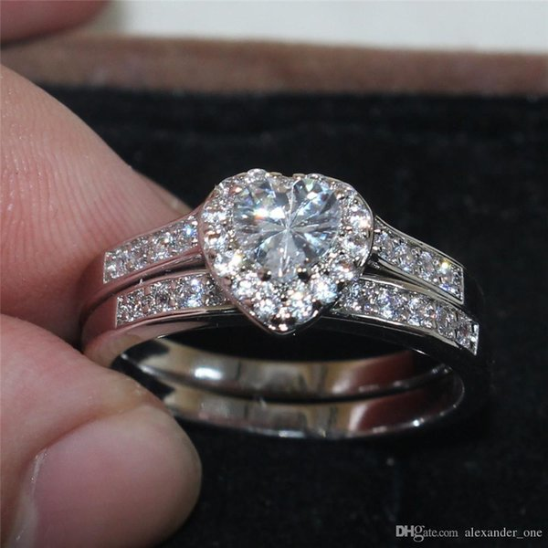 Vintage 10KT white gold filled Heart Simulated Diamond Cubic Zirconia Gemstone Rings set Cocktail Wedding Band Jewelry For Women