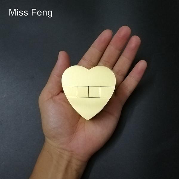H450 / Rompicapo Cinese Kong Ming Lock Cuore in metallo Collezione di puzzle 3D Hobby Mind Intelligence Giocattolo Gioco Modello di puzzle in rame