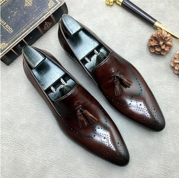 Haute Qualité Tassel Lacets Chaussures formelles Hommes Toe Designer Chaussures Pointu Robe respirante Groom mariage Chaussures en cuir véritable