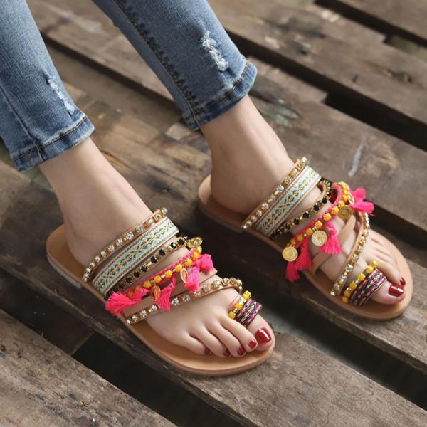 Mulheres Flip Flops Moda Floral Sapatos de Verão Bohemian Estilo Étnico Sapatos Baixos Sandálias Femininas Strass Sandálias de Praia Chinelo