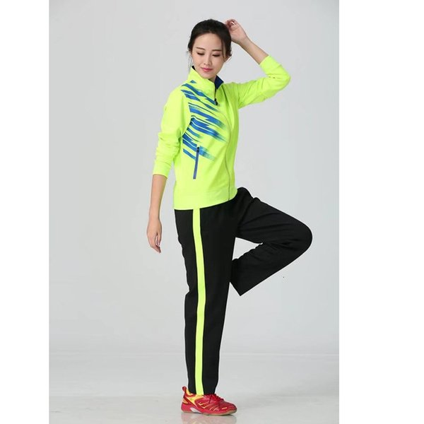 Women's green with black pants