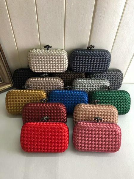 2019 V new women handmade material crochet handbag genuine leather snake skin evening clutch party fashion simple kintting knot bag OL 20cm