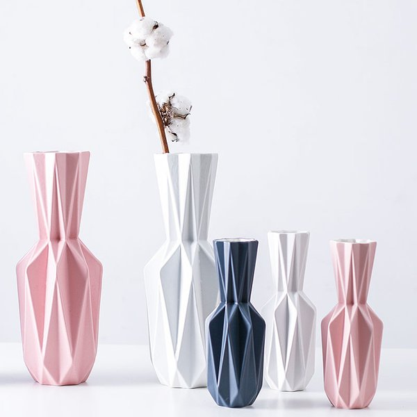 2019 The origami Vases Ceramic Tabletop big Vase Home Decoration vase Fashion Modern european style Flower vase Household Decoratio