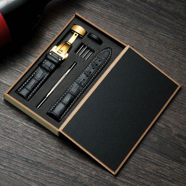 Siyah kayış + Altın toka
