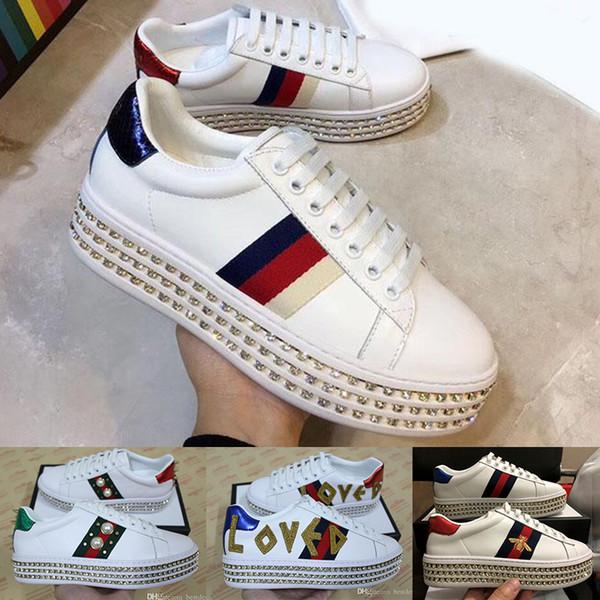 Nuevos zapatos de lujo de moda con cristales, zapatos de plataforma de diseño para mujeres, zapatos de cuero de lujo femeninos con bordados de abeja, zapatillas de deporte de diseño.