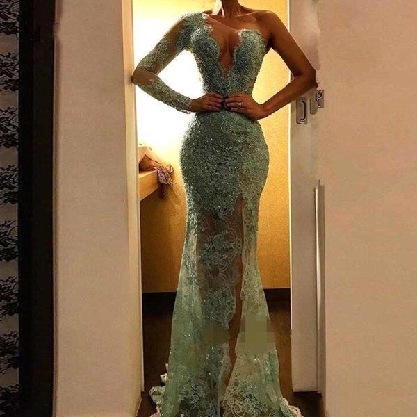 2019 Sexy Illusion Lace Mermaid Evening Dresses Sparkle Sequined Long Prom Gowns Side Split One Shoulder Party Dress