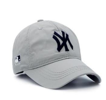 Зонт шляпа женский осень и зима новый мягкий топ бейсболка мужской пара путешествия Дикий торговый собака Cap маленькие буквы