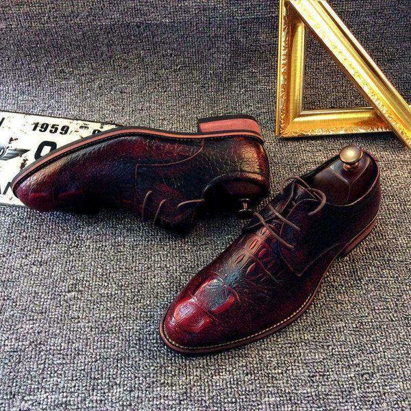 f5fb933e632 Zapatos para hombre Nueva marca de estilo británico de cuero para hombre  Zapato Retro Zapatos Oxford