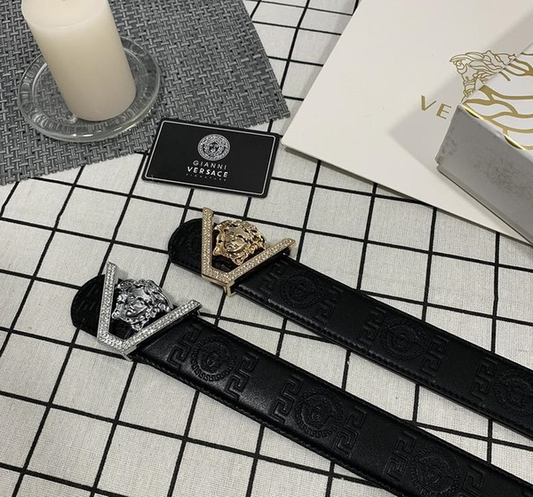 2019 New Fashion Belts with Women and Men Belts Golden Buckle Strap Leisure Luxury Men
