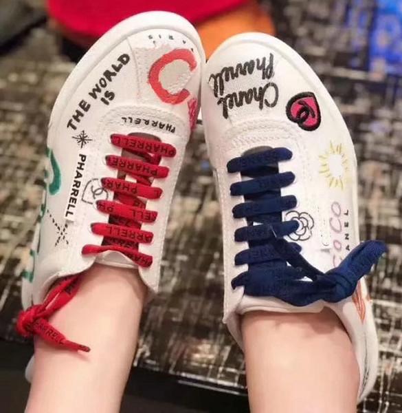 Chaussures de sport en cuir véritable Baskets qualité Hommes Chaussures Femmes Chaussures Casual Slides Pantoufles Mocassins Flips Flops Bottes shos011 034