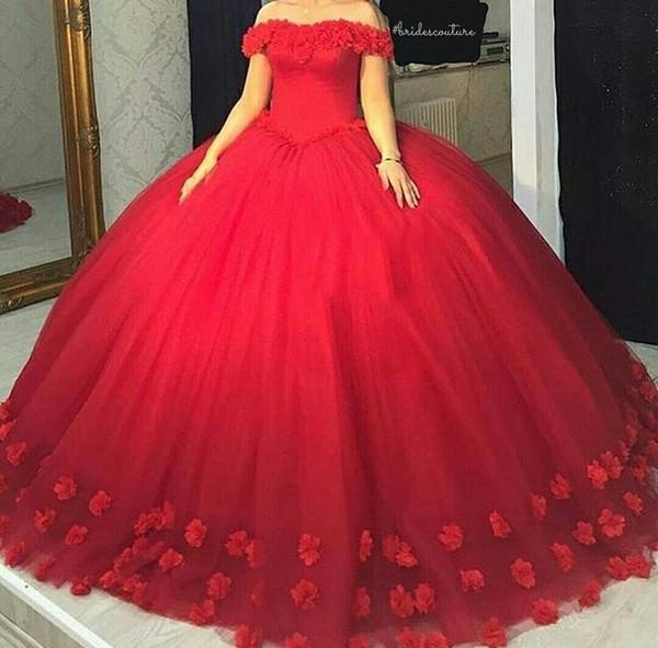 Abiti da sposa rossi di lusso con fiori rossi Abiti da ballo con spalle scoperte Lace-up aperto indietro Tulle Fiori fatti a mano Arabia Saudita Abiti da sposa per donna