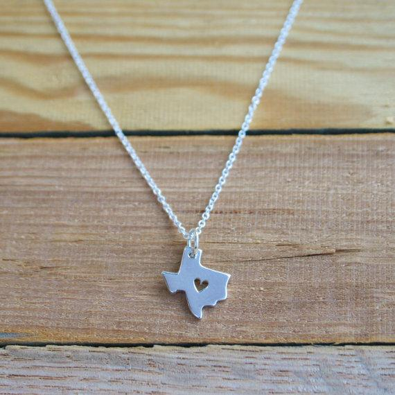 1PCS- N058 Outline Texas Map Necklace With Heart USA TX State Necklace I Heart Love Texas Necklaces Map Geography
