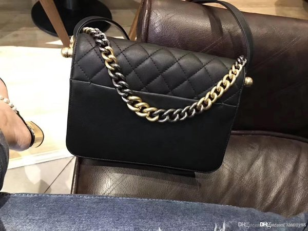 2018 NEW women fashion shoulder bag real leather crossbody cosmetic bag deerskin genuine leather with buckskin metal top qualit Chain Bags