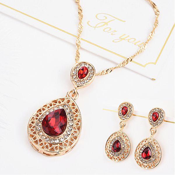 Crystal nueva joyería Establece rojo gota de agua collar del pendiente de la joyería de la boda de la mujer regalos accesorios Valentine