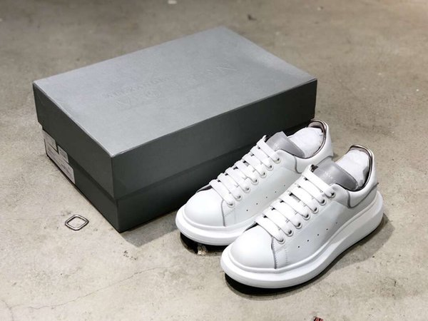 Ucuz Lüks Tasarımcı Erkekler Rahat Ayakkabılar Ucuz En Kaliteli Erkek Moda Sneakers Parti Platformu Ayakkabı Kadife Chaussures Sneakers H01