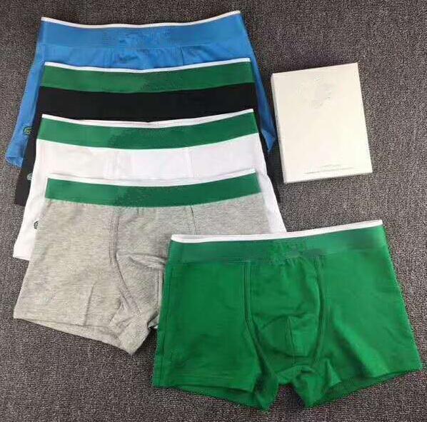 Coton de haute qualité sous-vêtements de coton de modèle de conception de Boxer pour hommes Marque Sexy Underwear 5 couleurs Short Mens Flat-Angled Underwear