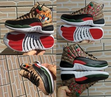 Ayakkabı çalışan Yılan kaplan Tasarımcı ayakkabı erkekler Chaussures 12 GS Nesil yılan kaplan Siyah Kahverengi Kırmızı Mens Yeni stil 12
