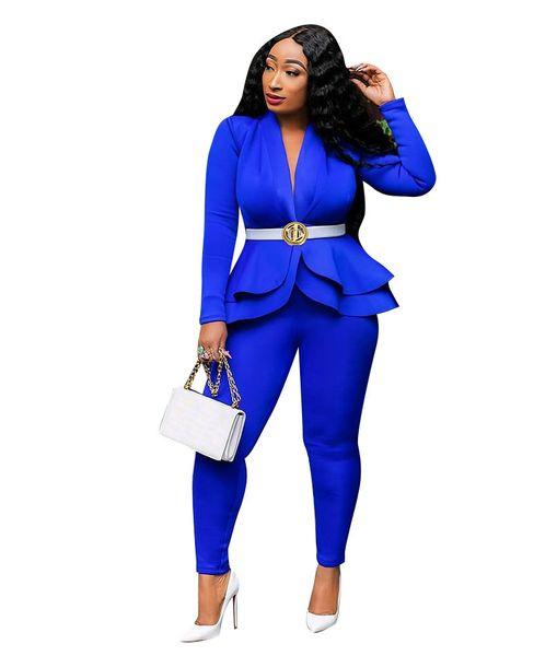 traje azul de las señoras