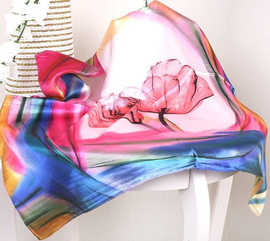 Magnifique RAINBOW Couleurs Satin Carré Foulard En Soie Petite Foulard Imitation Superbe Foulard Hot Écharpe Hôtesse De La Place Imprimé 60X60CM