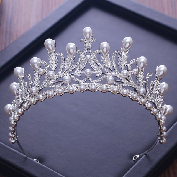 2019 New Arrived Pearls Crystals Bridal Tiara and Crowns High Quality Luxurious Queen Birthday Crowns Wedding Accessories Real Image
