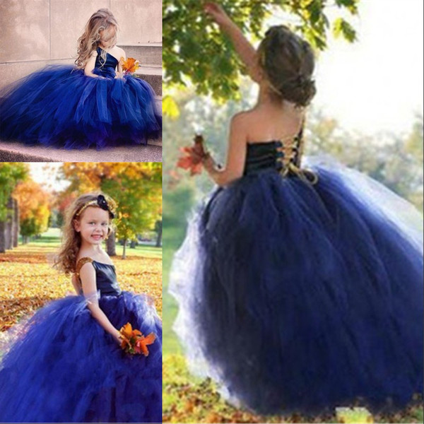 Une Epaule Bleue Robes De Communion Pyrotechnique Robes De Soirée De Soirée Enfants Fleurs Arc Sainte Robes De Demoiselle D'honneur De Bal Robe pour les Filles
