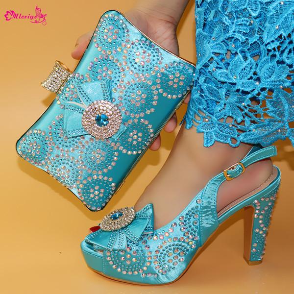 Decoração de alta qualidade com sapatos de strass e conjunto de saco para vestido de festa Novo Design Sapatos de salto de pico e conjunto de bolsa 5 cores