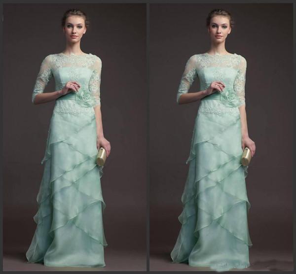 2019 Mutter der Braut Kleid mit Jacke geschnürt kurzen Ärmeln formelle Kleidung trägerlosen Empired Tiered Organza Feather Brautkleid billig