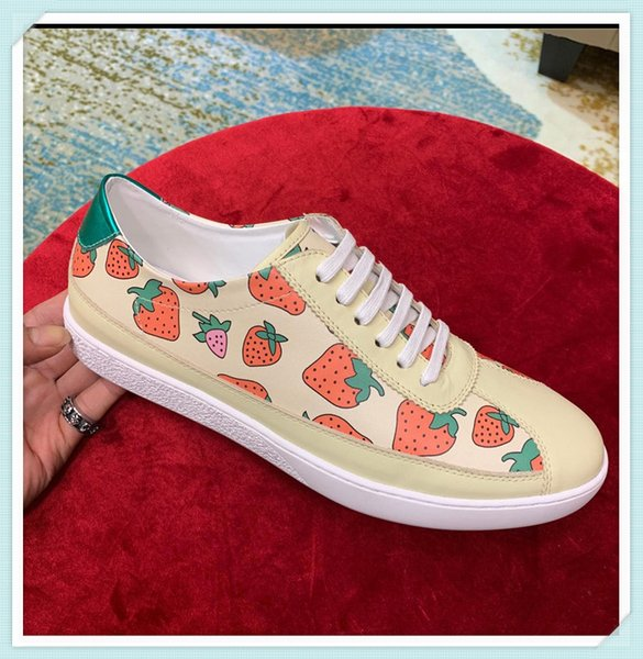 New fashion Popular High Quality Men and Women luxury designer shoes Breathable Mesh Sneaker Shoes Outdoors Race Casual Shoes 35-45 957