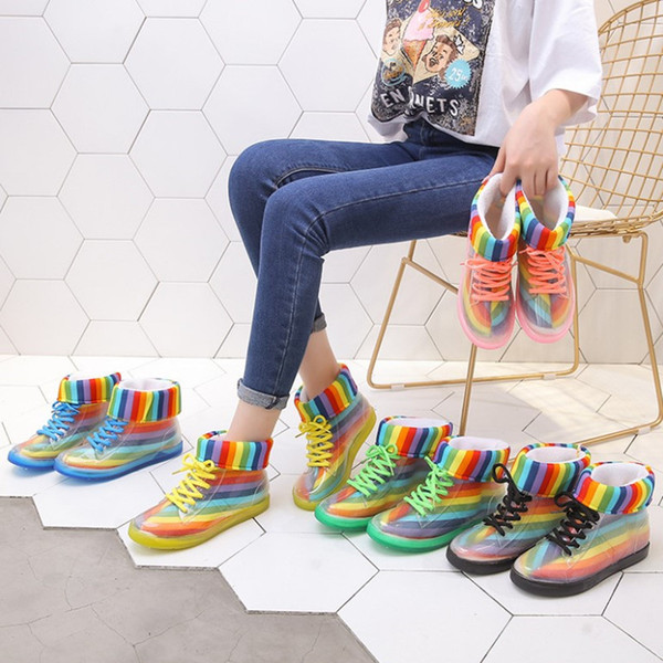 Zapatos de gelatina Botas de lluvia Zapatos para mujer Zapatos de mujer de moda plana Transparente Botas de Martin Zapatos de agua Zapato impermeable Belleza Pies