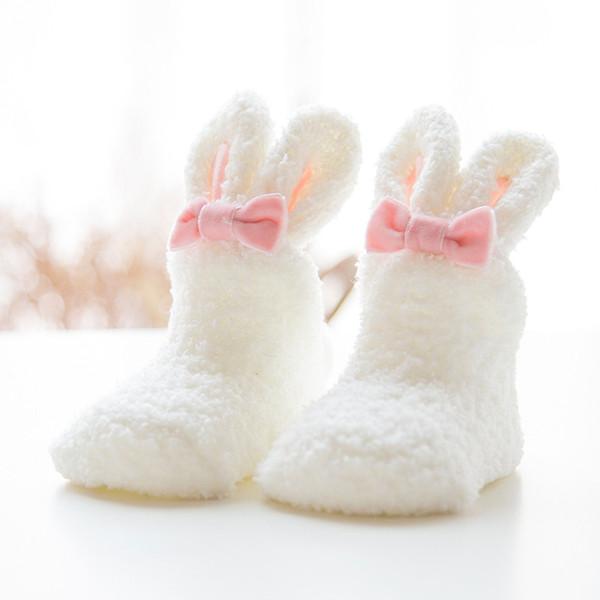 Ev kadınları Kız Yumuşak Yatak Kat Çorap Kabarık Sıcak Noel Çorap Karikatür Bunny Rubbit Mercan Kadife İçin Prenses Tatil Doğum Günü Hediyeleri Vicky