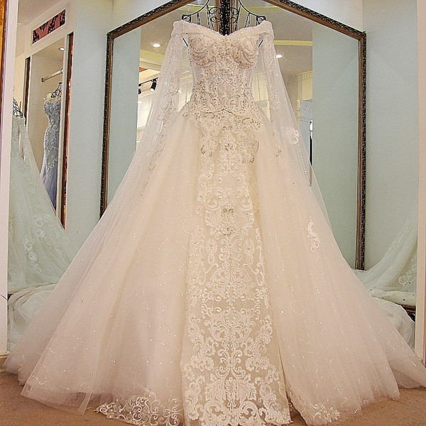 Luxurious Wedding Dresses with Wrap A Line off Shoulder Tassel Beading Beads Wedding Dresses 2019 New Princess Bridal Dresses Vestidos