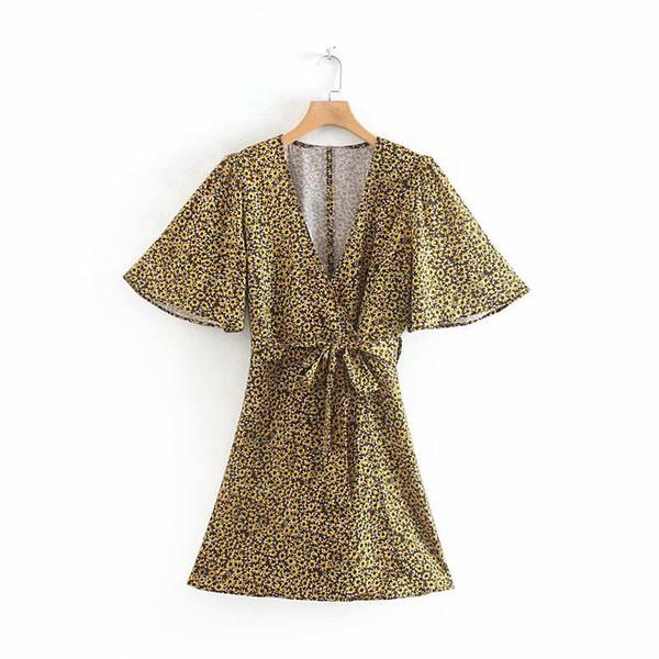 ZARANSE Summer New V-Ausschnitt Schwarz Bottom Yellow Flower Lace Kurzarm Kleid